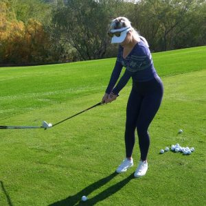 CHIPPING TUTORIAL // IMPROVE YOUR SHORT GAME WITH PAIGE & PARIS