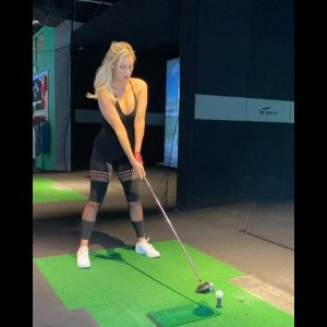 Paige spiranac golf driver , beauty golfer , can't watch her swing, right????  #golf     #shorts
